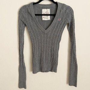 Hollister Gray Knit V-Neck Long Sleeve Sweater